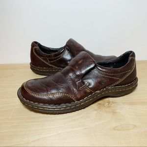 Born Brown Leather Tan Stitching Clogs